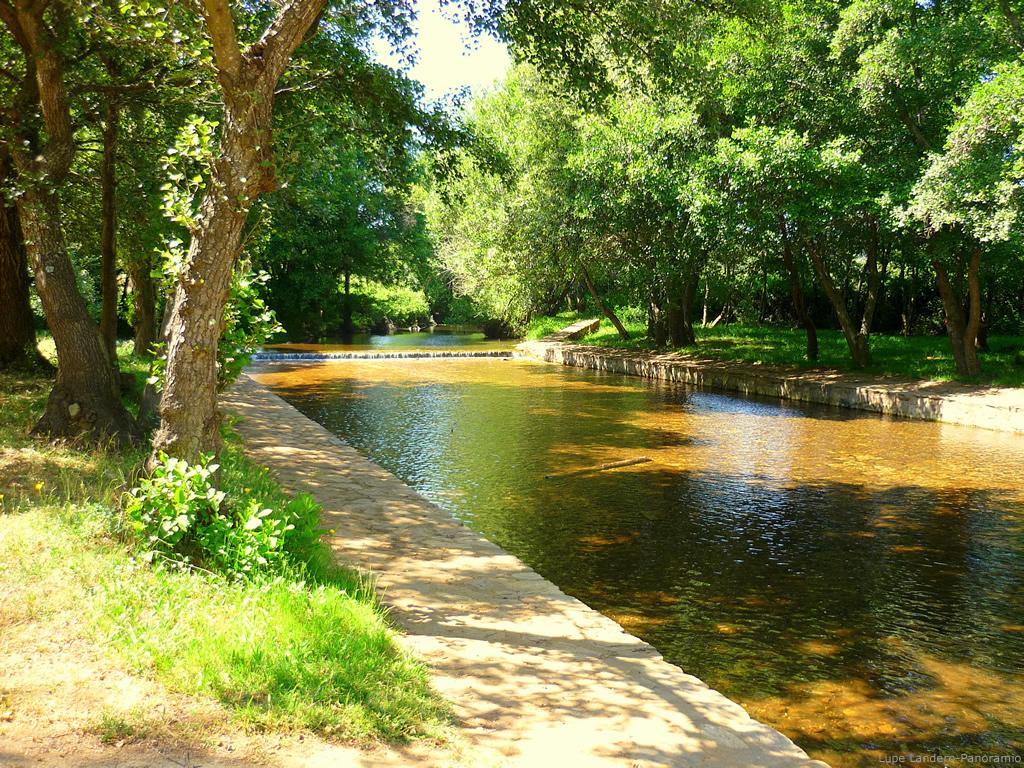 Sitio web de las huertas de cansa alrededores for Piscinas naturales rio malo