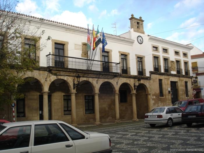 Ayuntamiento de valencia de alc ntara for Hoteles en valencia de alcantara